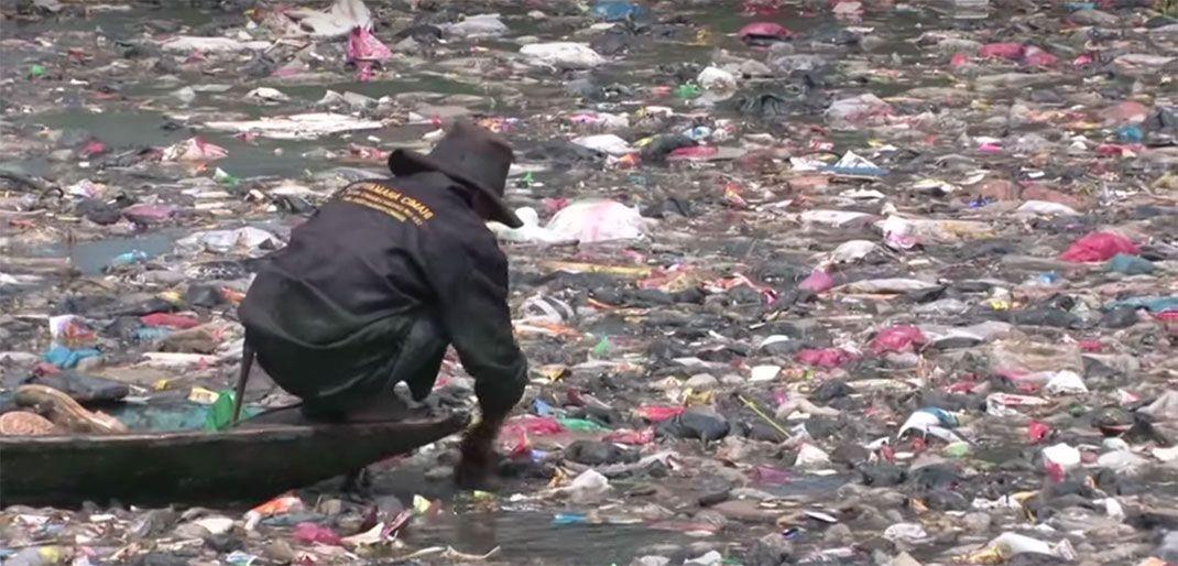 Le Citarum un fleuve qu'il est urgent de nettoyer