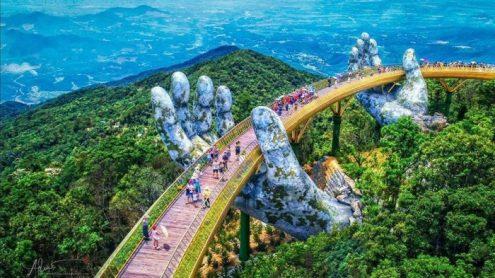 Le Golden Bridge au Vietnam.
