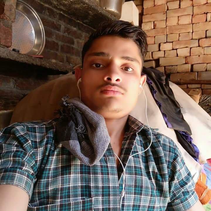 Ayan Qureshi, le plus jeune diplômé Microsoft.