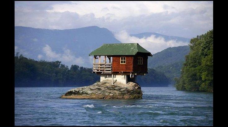 Des maisons incroyables.