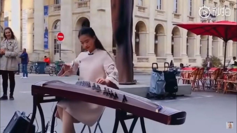 Les musiciens de rue, des artistes en plein air.