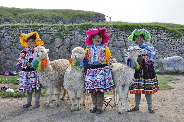 El condor pasa, musique et paysages des Andes.
