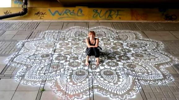 De la dentelle et du street-art, Nespoon séduit!