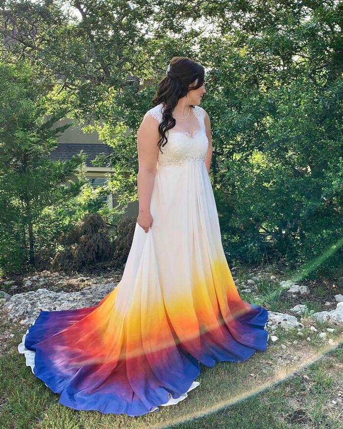 Une robe de mariée réalisée par les mariées